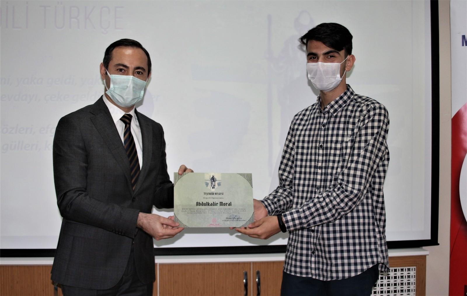 Bizim Yunus: Dünya Dili Türkçe Şiir Yarışması sonuçlandı