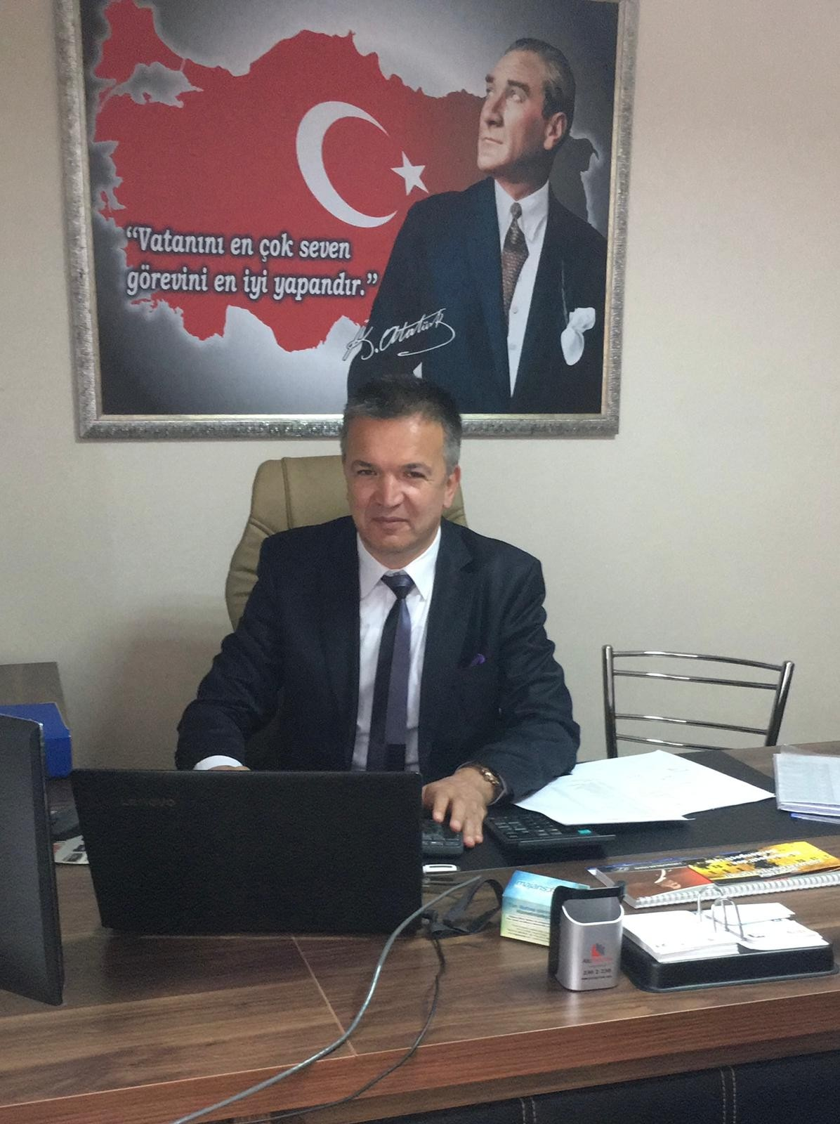 """SMMM Derneği Başkanı Önder: """"Pandemide sağlık çalışanlarından sonra en çok kayıp yaşayan mali müşavirler"""""""