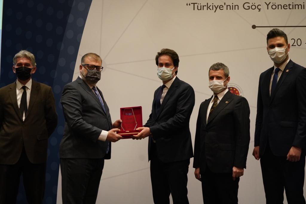 """""""Uluslararası Çağrı Merkezleri Konferansı ve Uyum: YİMER 157 ve AB İyi Uygulamaları"""" çalıştayı gerçekleştirildi"""