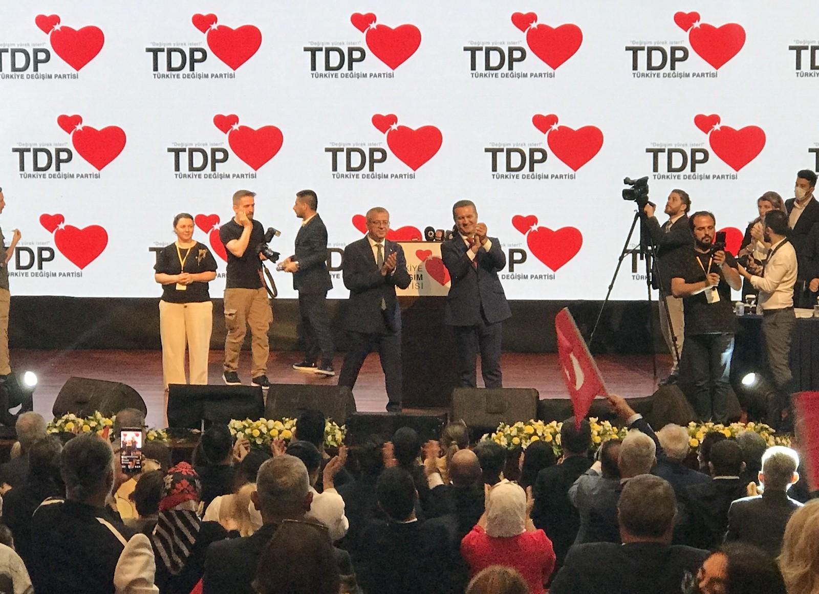 Türkiye Değişim Partisi'nin İstanbul 1. Olağan İl Kongresi gerçekleştirildi